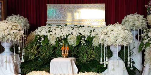 ฮาวทูไหว้ศพยังไงให้เสร็จใน 1 นาที : รู้จักบริการงานศพแบบ drive-thru สุดล้ำที่ญี่ปุ่น