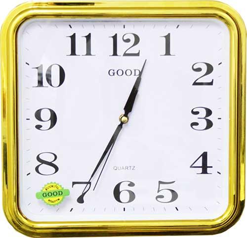 นาฬิกาขอบสีทอง
