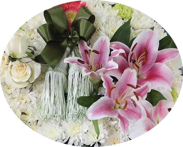 ดอกไม้สด จากพวงหรีดแบบที่1 ที่นำมาแต่ง